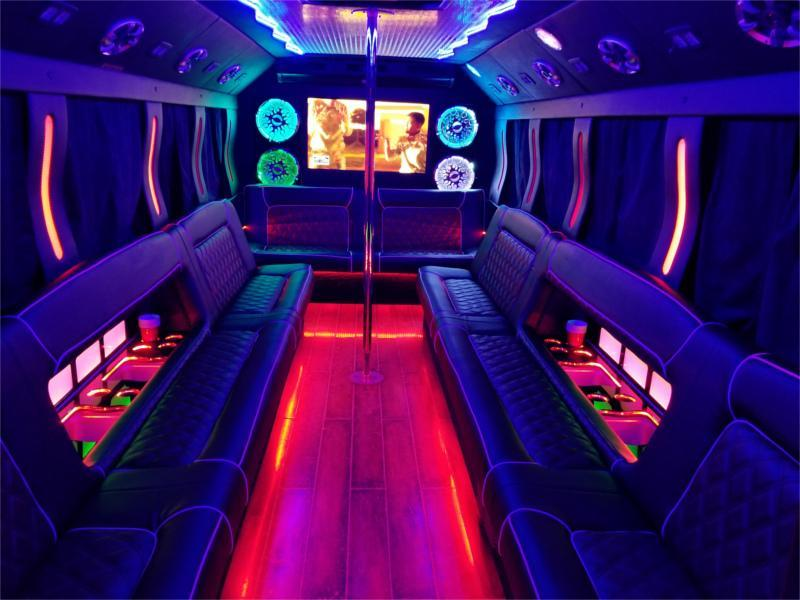blizzard-partybus-int-red.jpg